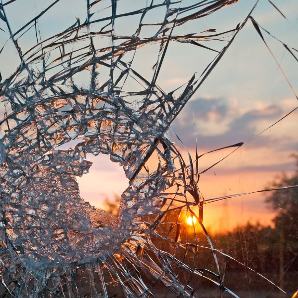 Repair Broken Glass | Auckland Glazier